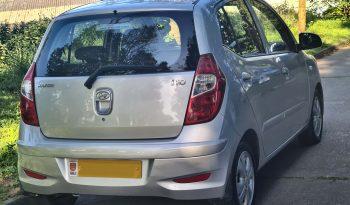 HYUNDAI i10 1.2 5 door hatchback £4,995 full